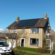 Yingli zwarte zonnepanelen met SMA omvormer in Balk, Friesland