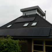 Yingli all black zonnepanelen met SMA omvormer in Balk