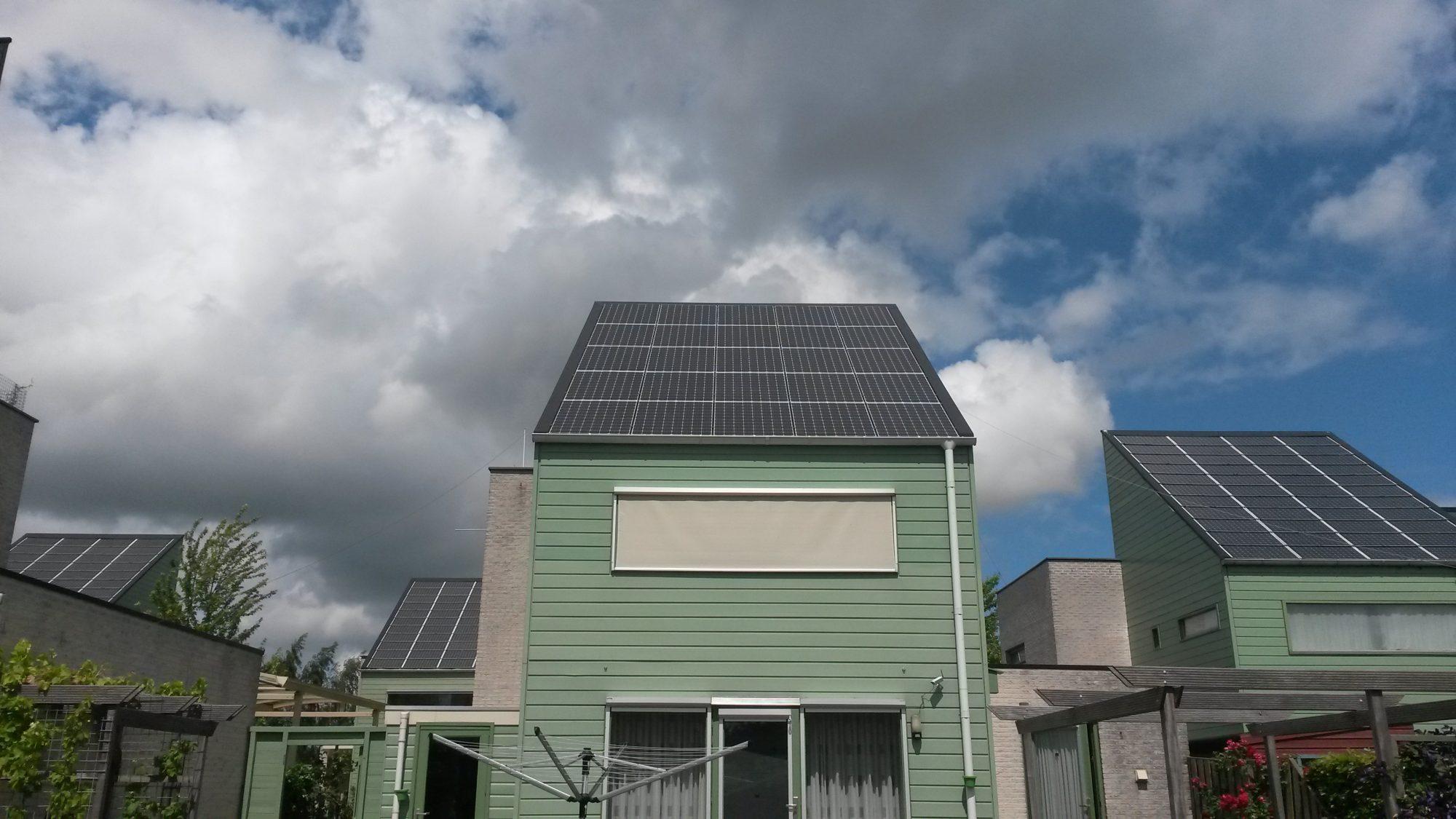 Panasonic zonnepanelen op een energie neutrale woning in Grou