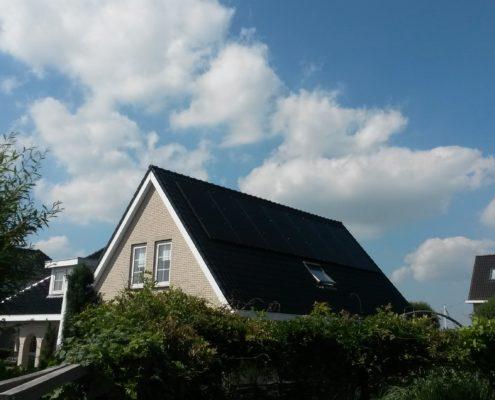Zonnepanelen Friesland Lemmer, Suntech zonnepaneel met SMA omvormer